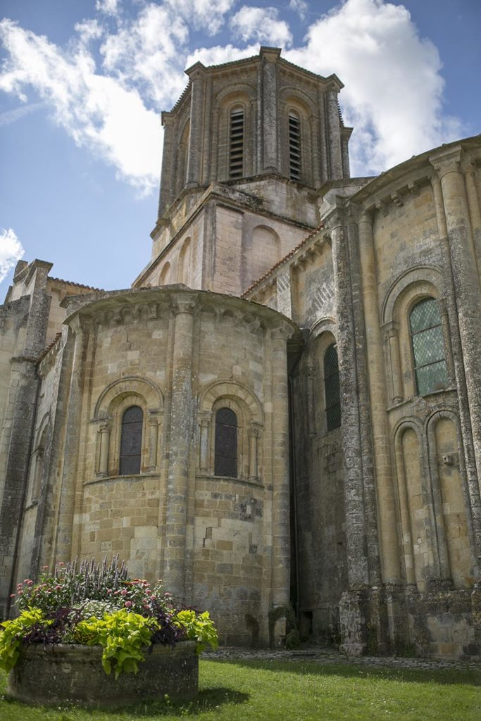 Église Notre Dame - Vouvant - ©Medhi Média